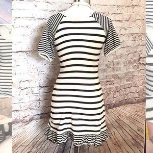 Eclipse by Nordstrom Dresses - Cute black & white short sleeved stripped dress